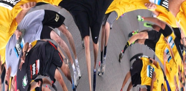 A distorted image of marathon runners